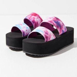 UO Ava Neoprene Platform Sandal Brand New